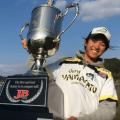 2016JBジャパンスーパーバスクラシックin亀山ダム(千葉県)はゲーリーファミリー期待の若手ホープ-冨沢真樹が優勝