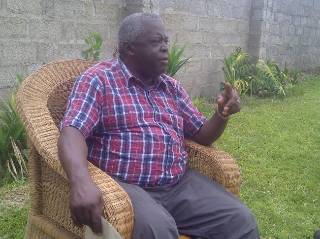 Major Kachingwe at his residence