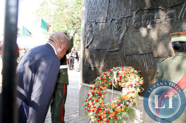 Former president Rupiah Banda  at the Freedom Statue during the Golden Jubilee celebrations in Lusaka on October 24,2014  -Picture by THOMAS NSAMA