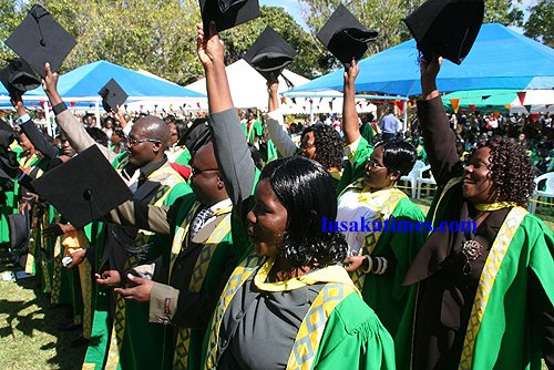 Zambia  Bayport bails out 10 UNZA students