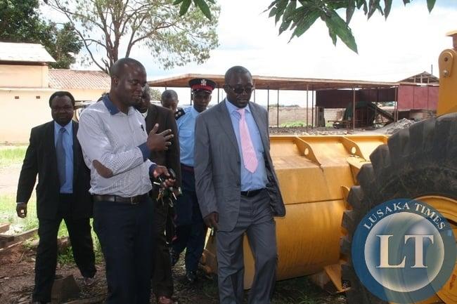 North Western province  Minister Dawson Kafwaya  inspects RDA depot