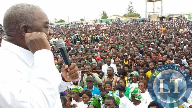 RB addressing the Kapiri Rally