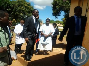 Parliamentary committee on health chairperson Likando Mufalali leads the way to the mothers shelter at Chipata General Hospital