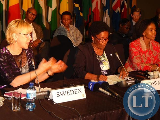 CAPTION: L - R: FOREIGN Ministers for Sweden, Ms. Margot Wallstrom; Botswana, Dr. Pelonomi Venson-Moitoi, and South Africa, Ms. Maite Nkoana-Mashabane at the 14th Africa - Nordic m,eeting of foreign ministers held at Legends Golf Safari Resort in Limpopo, South Africa from 9 - 10th April, 2015