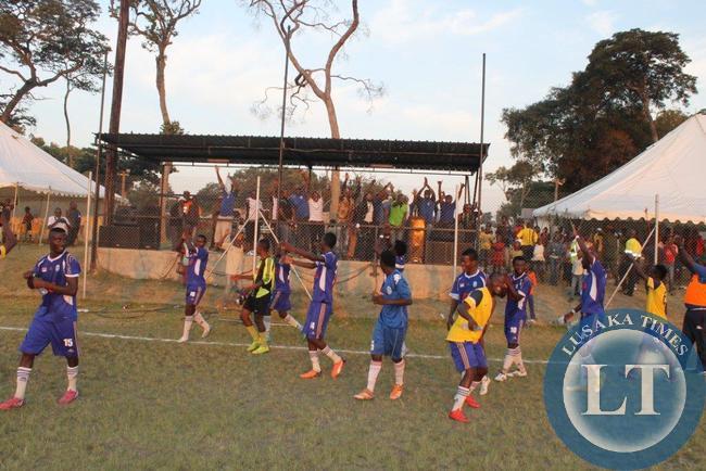 Lumwana Radiants Saluting the fans