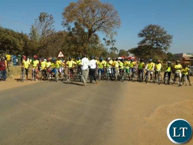 Some cyclists who took place in the Choova bicycle race in Chipata