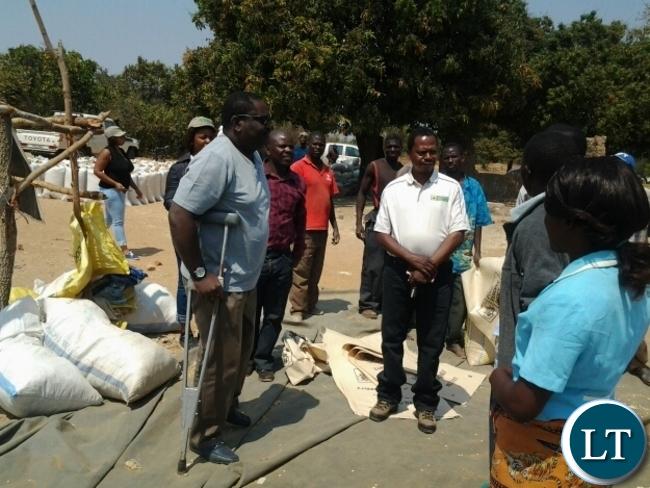 FOOD Reserve Agency executive director Chola Kafwabulula talking to farmers at FRA satelite depot at Kamulaza in Chipata