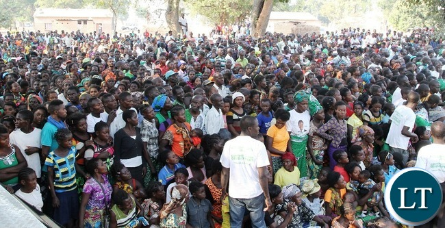 Party of the crowd that attended President 'Edgar Lungu rally in Lubasenshi in Luwingu