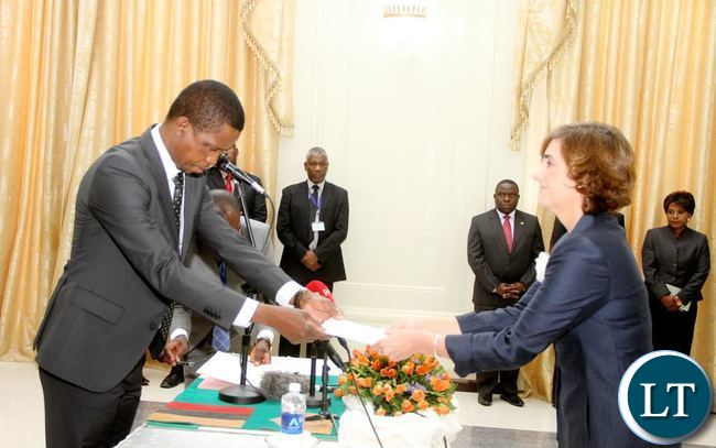 President Lungu receives credentials from Spain Ambassador to Zambia  Alicia Moral  Revilla (R) at State House on Thursday, September 17,2015 -Picture by THOMAS NSAMA