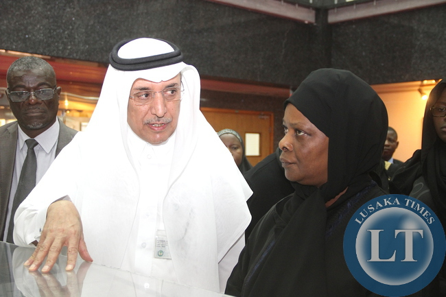 First Lady Esther Lungu listens to King Faisal Specialist Hospital and research Centre Executive director Dr Hashim Bin Othman Al Qasabi during a tour of King Faisal Specialist Hospital and Research in Riyadh,Saudi Arabia on Tuesday,October 13,2015 -Picture by THOMAS NSAMA