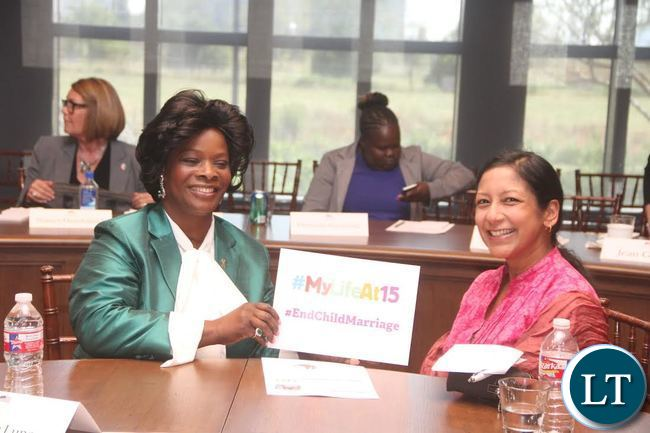 First Lady Esther Lungu  with  Girls Not Brides Executive Director Lakshmi Sundaram  during the First Ladies roundtable : improving maternal and Child Health  conference in Africa in Dallas , Texas  on Monday, September 21,2015  -Picture by THOMAS NSAMA