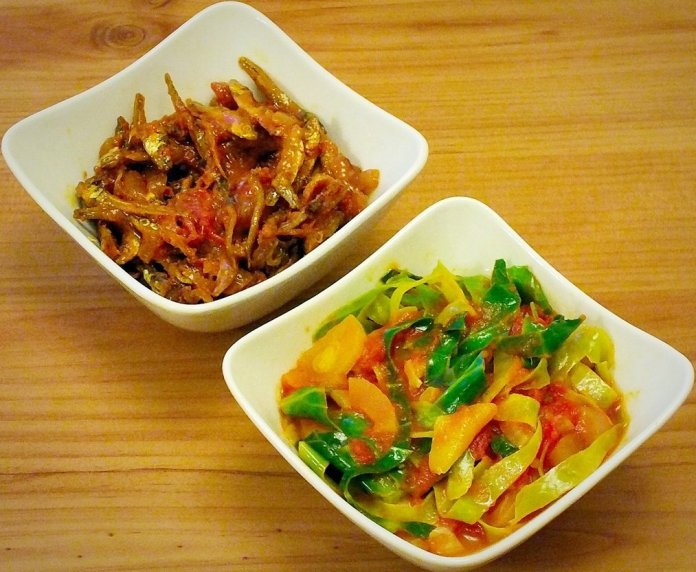 Nshima kapenta chicken and cabbage.jpg 3