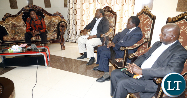 President Edgar Lungu exchange views with their Royal Highnesses chiefs Chikankata, Sinazongwe and Mapanza in Choma on Wednesday before taking a flight to meet with Chief Macha,picture by Eddie Mwanaleza/statehouse 20-1-2016.