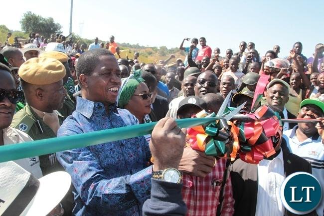 President Edgar Lungu cutting the ribbon to Officially launch the Mufuchani Bridge in Kitwe