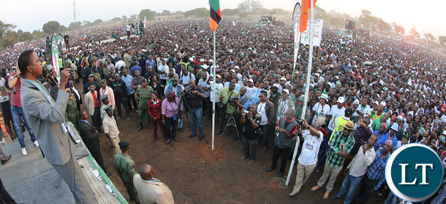 President Edgar Lungu address a rally at Mufulila -Picture  by Eddie Mwanaleza/Statehouse 01-08-2016.