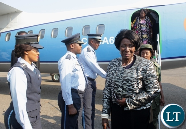 Vice President Inonge Wina arrives at Mongu Airport for the funeral and burial procession of His Royal Highness the late Chief Lukama Meebelo Sekeld of Sioma and Shangombo Districts in Western Province