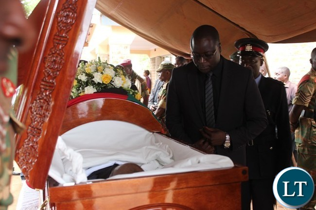 EASTERN Province Minister, Makebi Zulu, views the remains of former National Assembly Deputy Speaker, Mkhondo Lungu, at the late's Kachule farm in Lundazi