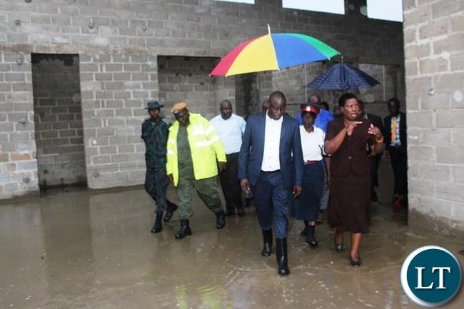 EASTERN Province Minister, Makebi Zulu, accompanied by Vubwi District Commissioner, Eneless Banda, inspect Vubwi District hospital on Monday. PICTURE BY STEPHEN MUKOBEKO/ZANIS