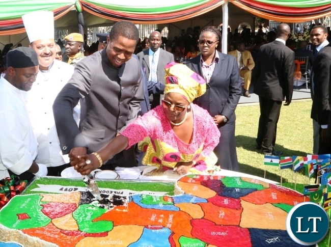President Edgar Lungu and First Lady Esther Lungu cutting the cake during the Africa Freedom Day at State House
