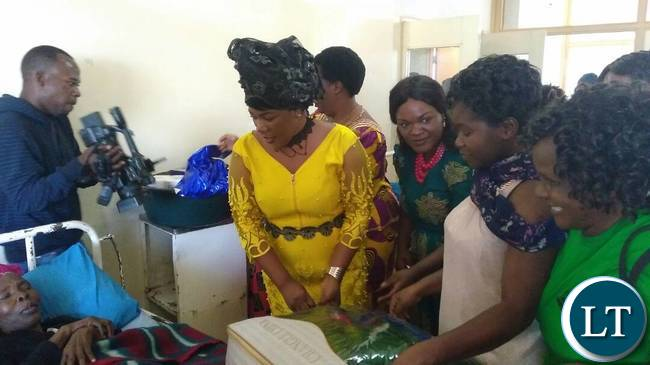 Mrs Lusambo with Wives of Ndola leaders visiting freedom fighters admitted to Ndola Teaching Hospital