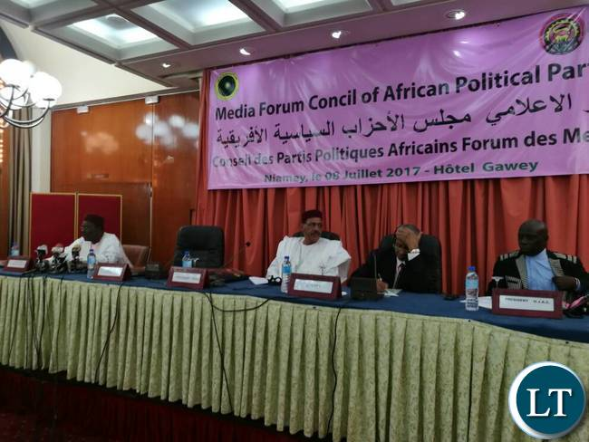 MMD National Secretary Mr Raphael Nakacinda is currently in Niger attending a media interactive forum for the Council of African Political Parties (CAPP). The Patriotic Front-PF is represented by Sunday Chanda thier Media Director. The forum is being held in Niamey Niger at Gawey Hotel.