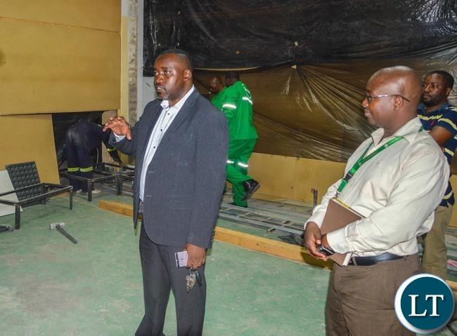 Zamtel Acting Chief Technical Officer Freelance Bwalya makes a media tour of Lamya House on Tuesday, November 2017