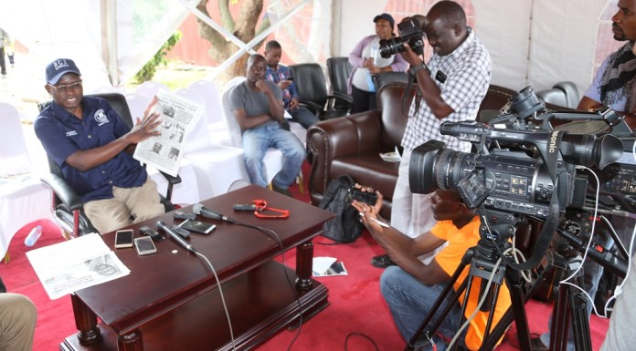 Special Assistant to the President for Press and Public Relations Amos Chanda speaking to journalists on the fake story in one of the daily news papers