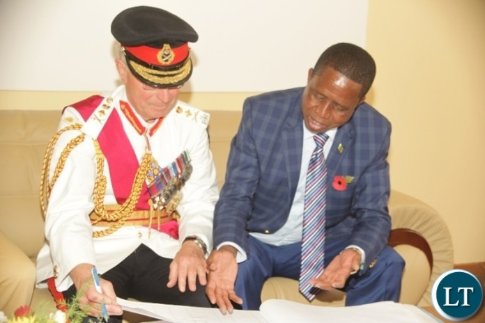 President Egar Lungu with Geneeral Lors richards durig the centenary commemoration of the end first wolrd war 1 in Mbala