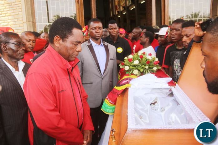 HH at HH addressing the mourners at The funeral service at the Cathedral of the Holy Cross of the murdered UNPD Cadre