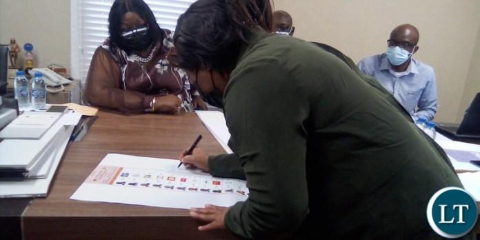 UPND Representative Linda Nkonde appending signature on presidentila ballot paper