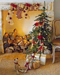 Alpine Chalet Christmas Decoration, 15 Charming Country ...