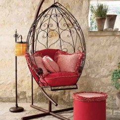 Swing Chair Metal Barber Parts Uk 20 Hanging Hammock Designs Stylish And Fun Outdoor Furniture Design With Footrest Cushions