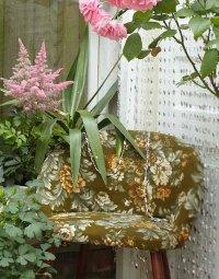 Vintage Furniture and Garden Decor, 12 Charming Backyard Ideas