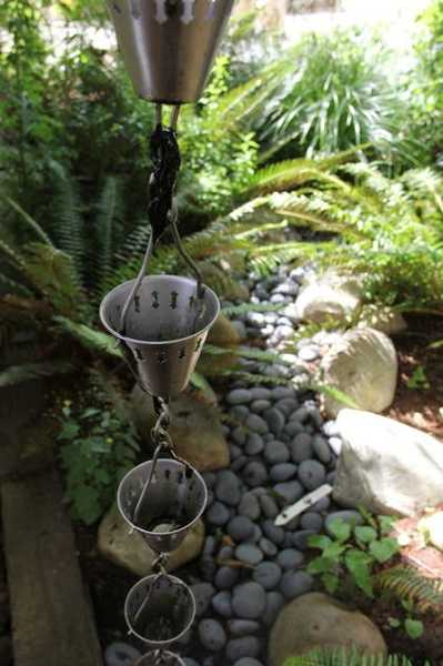 30 Amazing Downspout Ideas Splash Guards Charming Rain Chains and Creative Rain Ropes
