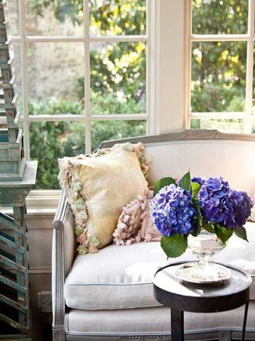 Expert Tips For Home Decorating With Flowers Keeping Flower Arrangements Fresh Longer