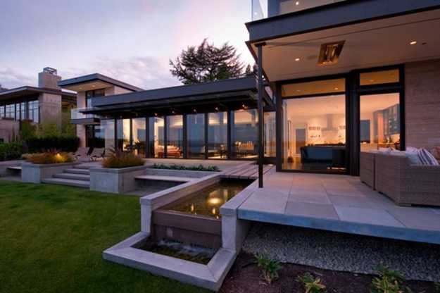 Large Modern House Design with Water Features Inspired by Water Canals in Venice and Suzhou