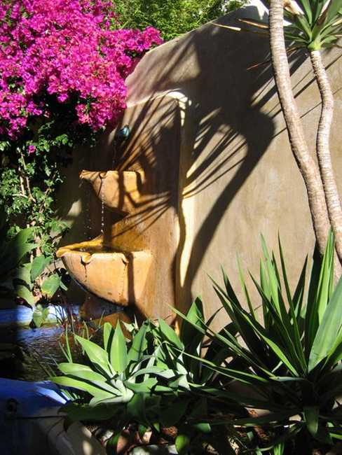 Mexican Style Garden Designs and Yard Landscaping Ideas