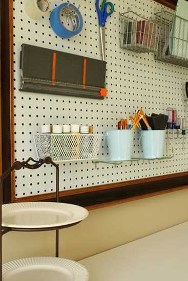 12 Ways to Utilize Pegboards for Home Organizers and Functional Wall Decoration