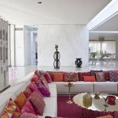 Living Room Flower Vases Brown Furniture Sets Middle Eastern Interior Design Trends And Home Decorating ...
