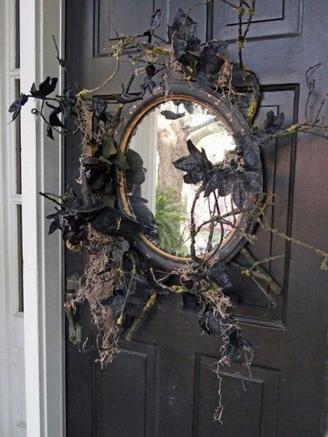 20 Scarily Charming Halloween Decorating Ideas In Vintage