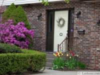 Front Door Color and Neat Yard Lndscaping Ideas, Simple ...