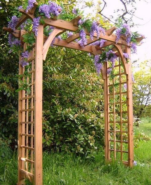 15 Beautiful Wooden Arches Creating Romantic Garden Design