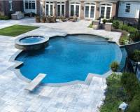 22 Outdoor Living Spaces with Jacuzzi Tubs and Beautiful ...