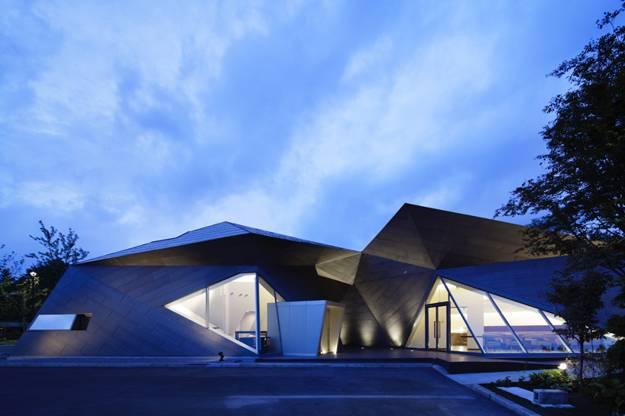 25 Triangular Window Designs Customizing Modern House Exterior And Interior Design