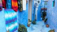 Moroccan Decor and Blue Color Bring Cool Moroccan style ...