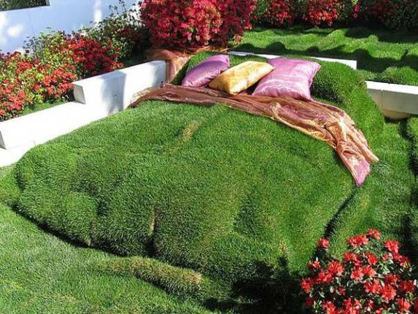 recycling wood beds yard