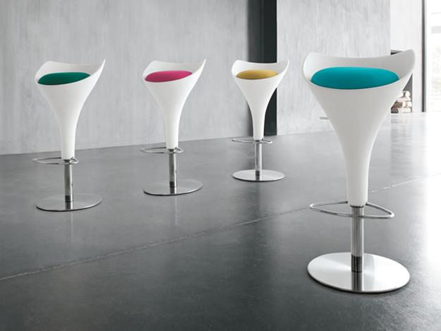 Modern Bar Stools and Kitchen Countertop Stools in Soft