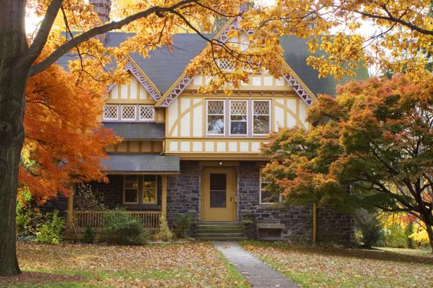 Fall Colors Beautify Modern Houses And Landscape