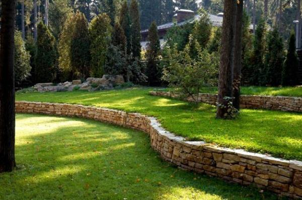 beautiful hill landscaping ideas