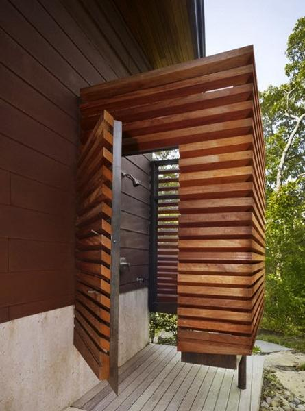 Wooden Outdoor Shower Enclosures